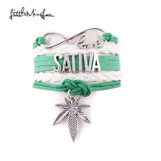 Bracelete de Prata escrito Sativa
